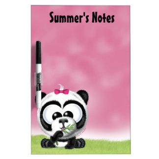 Panda rosada linda tableros blancos