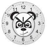 Panda sonriente reloj