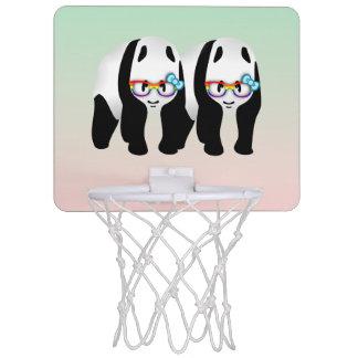 Pandas del inconformista del orgullo gay canasta mini