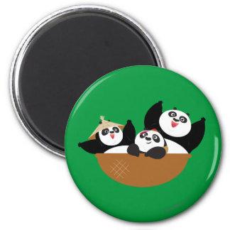 Pandas en un cuenco imán redondo 5 cm