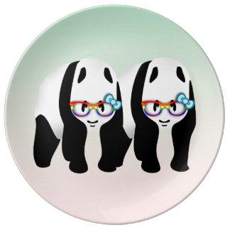 Pandas gay lindas que llevan Glassess Plato De Cerámica