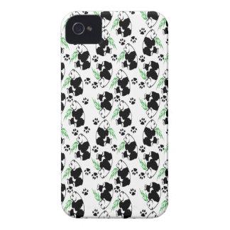 Pandas que caen carcasa para iPhone 4 de Case-Mate