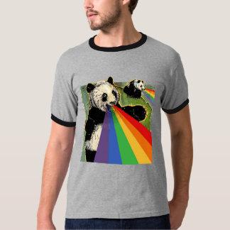 Pandas que tiran los arco iris de sus bocas camisas