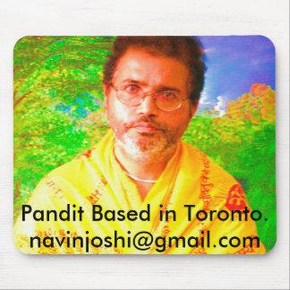 Pandit basó en Toronto.   navinjos… Alfombrilla De Ratón