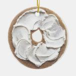 Panecillo con el queso cremoso ornamentos de navidad
