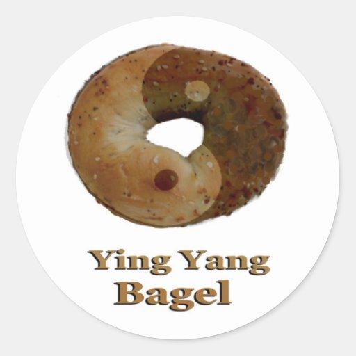 Panecillo de Ying Yang Pegatinas Redondas