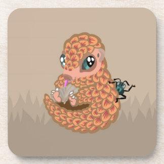 Pangolin del bebé con la hormiga posavasos