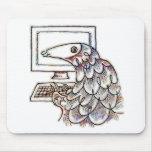 Pangolin en un ordenador alfombrilla de raton