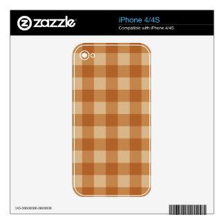 Paño a cuadros de la tela escocesa marrón clásica calcomanía para el iPhone 4