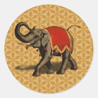 Paño del elefante indio w/Red Pegatina Redonda