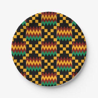 Paño negro, verde, rojo, y amarillo de Kente Plato De Papel De 7 Pulgadas