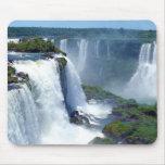 Panorama de las cascadas de Iguazu del Brasil Tapete De Ratones