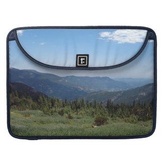 Panorama de las montañas rocosas de Colorado Fundas Para Macbook Pro