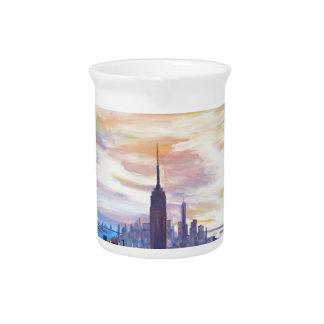 Panorama de NYC con Chrysler y el estado del Jarras De Beber