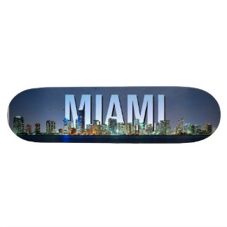 Panorama del horizonte de Miami Tabla De Skate