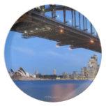 Panorama del puente de puerto de Sydney, ópera de  Plato Para Fiesta