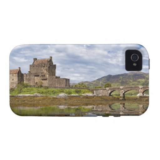 Panorama Eilean Donan Castle viewed from south Vibe iPhone 4 Case
