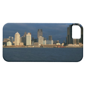 'Panoramic sunrise view of Renaissance Center, iPhone SE/5/5s Case