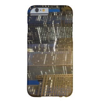 Panoramic view of buildings along the Chicago Barely There iPhone 6 Case