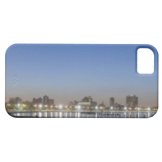 Panoramic view of Chicago's North Avenue Beach iPhone SE/5/5s Case