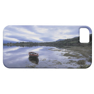 panoramic view of mountains and lake 3 iPhone SE/5/5s case