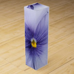 """Pansies Wine Gift Box<br><div class=""""desc"""">Photo of Pansy taken at Canberra</div>"""