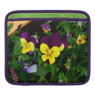 Pansy Sleeve For iPads