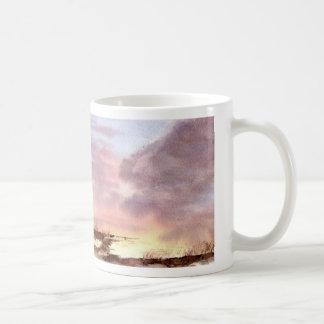 Pantano y taza inminente de la tormenta