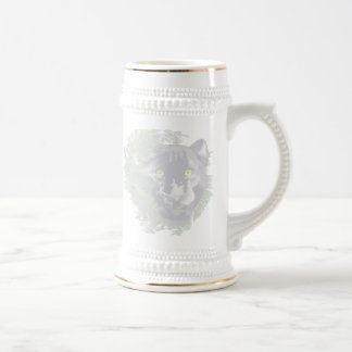 Pantera descolorada en follaje tazas de café