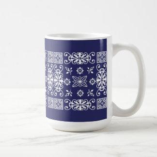 Pañuelo azul taza clásica