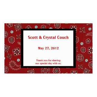 Pañuelo rojo que casa la tarjeta del favor tarjetas personales