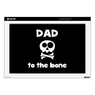 Papá al hueso portátil calcomanía