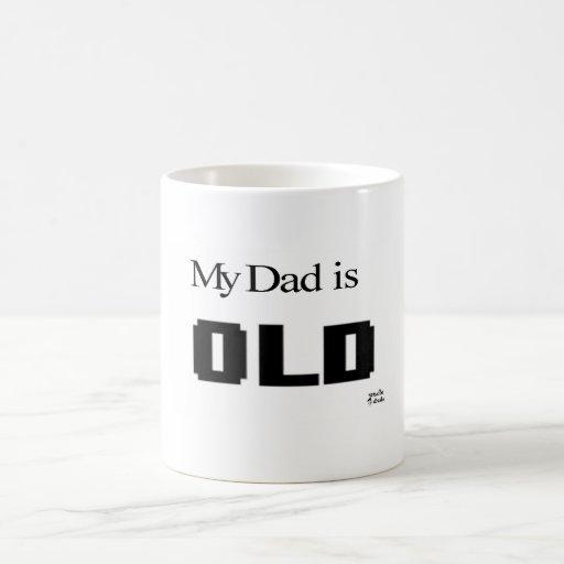 papá de 8 bits taza básica blanca
