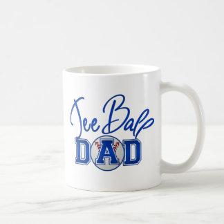 Papá de la bola de la camiseta taza clásica