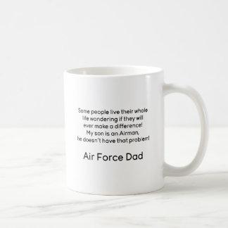Papá de la fuerza aérea ningún hijo del problema taza