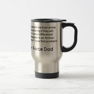 Papá de la fuerza aérea ninguna hija del problema taza de viaje