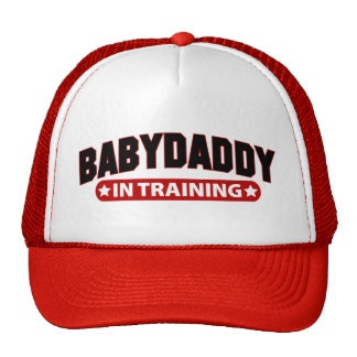 Papá del bebé en el entrenamiento gorra