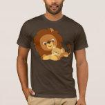Papá del león del dibujo animado y camiseta