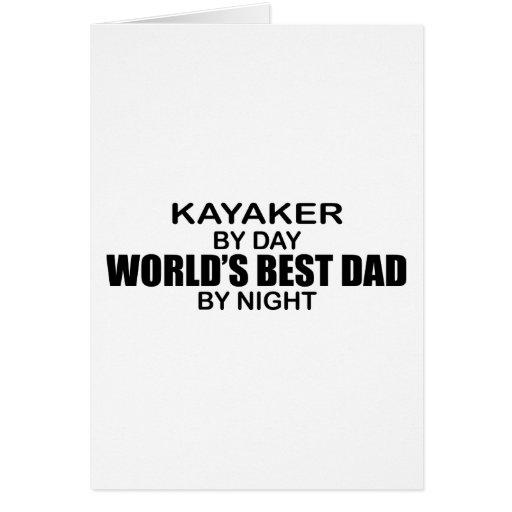 Papá del mundo del Kayaker el mejor por noche Tarjeta