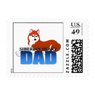 Papá del perro del husky siberiano franqueo