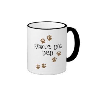 Papá del perro del rescate taza de dos colores