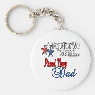 Papá militar orgulloso llavero redondo tipo pin