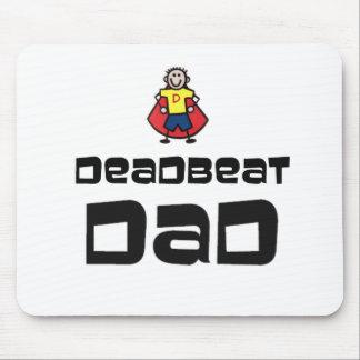 Papá muerto del golpe mouse pads