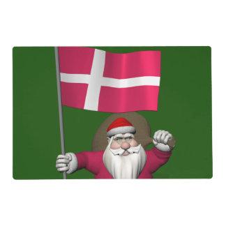Papá Noel con la bandera de Dinamarca Dannebrog Tapete Individual