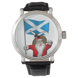 Papá Noel con la bandera de Escocia Reloj De Mano