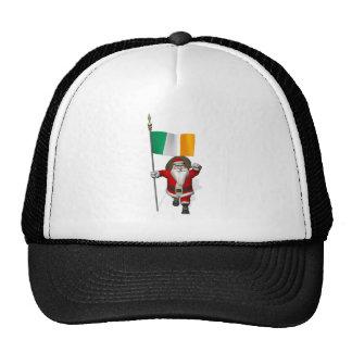 Papá Noel con la bandera de Irlanda Gorras De Camionero