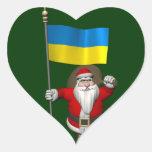 Papá Noel con la bandera de la Ucrania Pegatina En Forma De Corazón