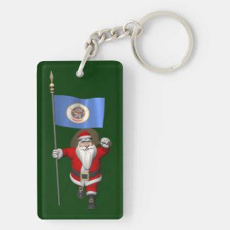 Papá Noel con la bandera de Minnesota Llavero Rectangular Acrílico A Doble Cara