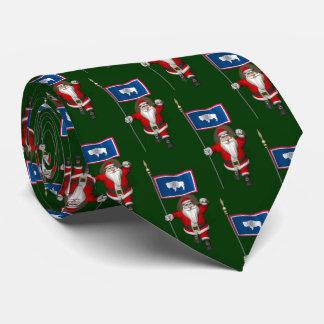 Papá Noel con la bandera de Wyoming Corbatas Personalizadas