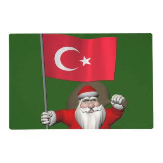 Papá Noel divertido con la bandera de Turquía Salvamanteles